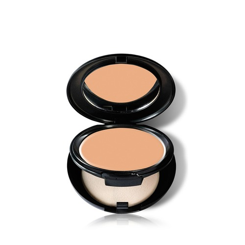 Closeup   total cover cream foundation   n30