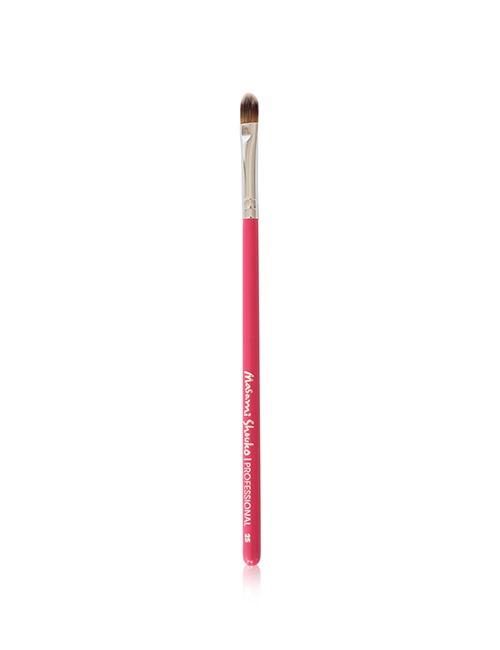 Closeup   25 small concealer brush pink
